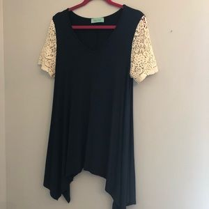 Navy tunic with lace sleeves